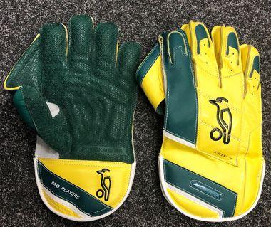 New Kooka Pro Players Keeping Gloves!