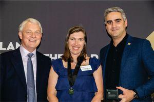 Louise Allnutt Awarded KIWIBANK Local Hero Medal